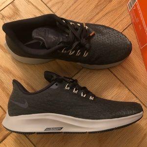 Brand new Nike Air Zoom Pegasus 35 PRM sneakers